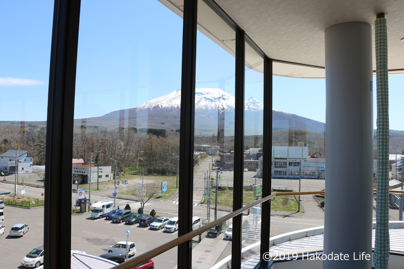 3Fから駒ヶ岳を見る