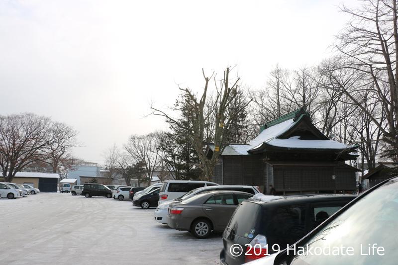 亀田八幡宮駐車場