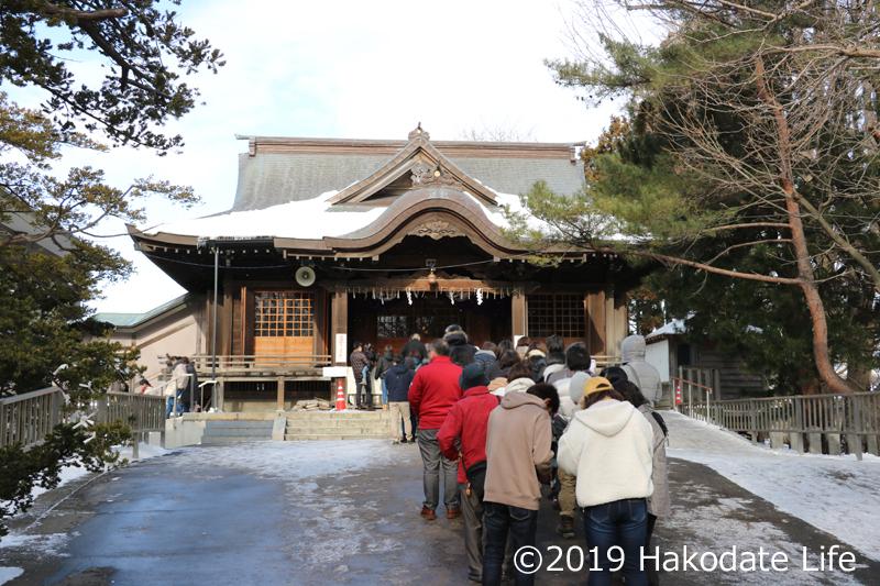 亀田八幡宮社殿