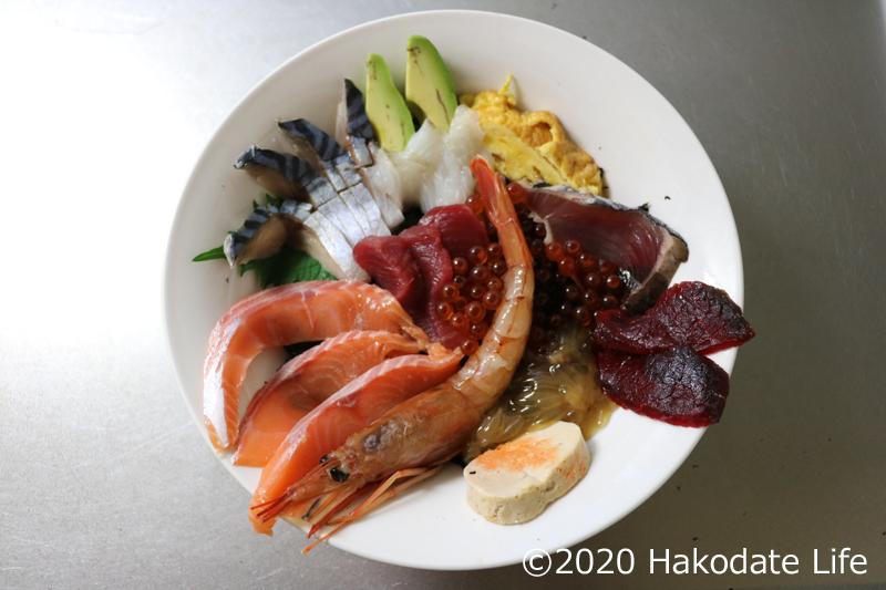 海鮮丼の完成
