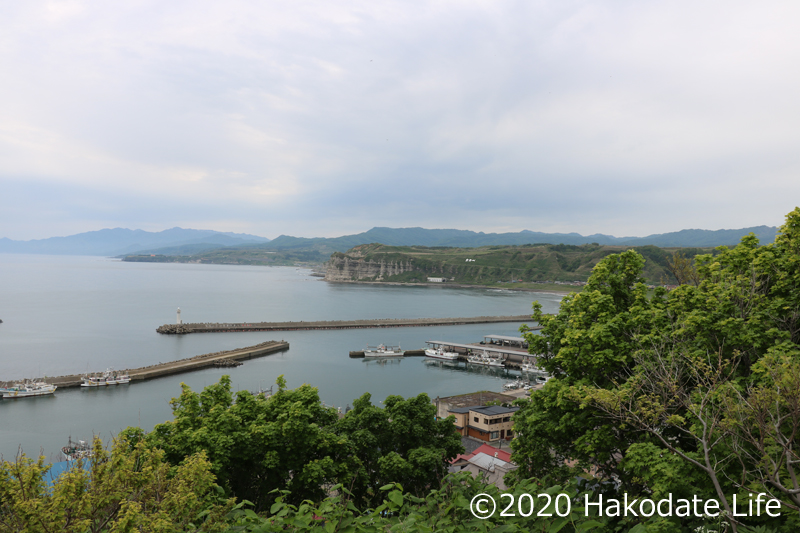 乙部港と館の岬