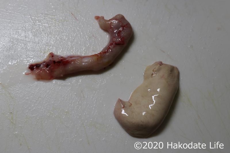 ヒラメの胃袋と肝
