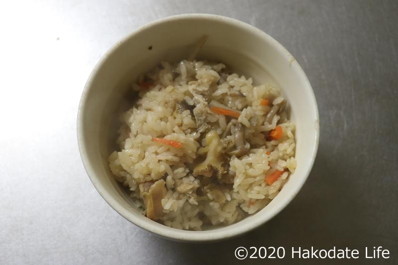 つぶ貝の炊き込みご飯の完成